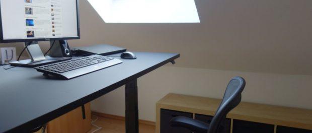 Herman Miller Nevi Gaming-Schreibtisch